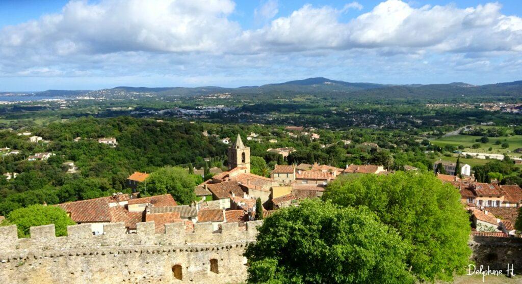 Vue du Château de Grimaud