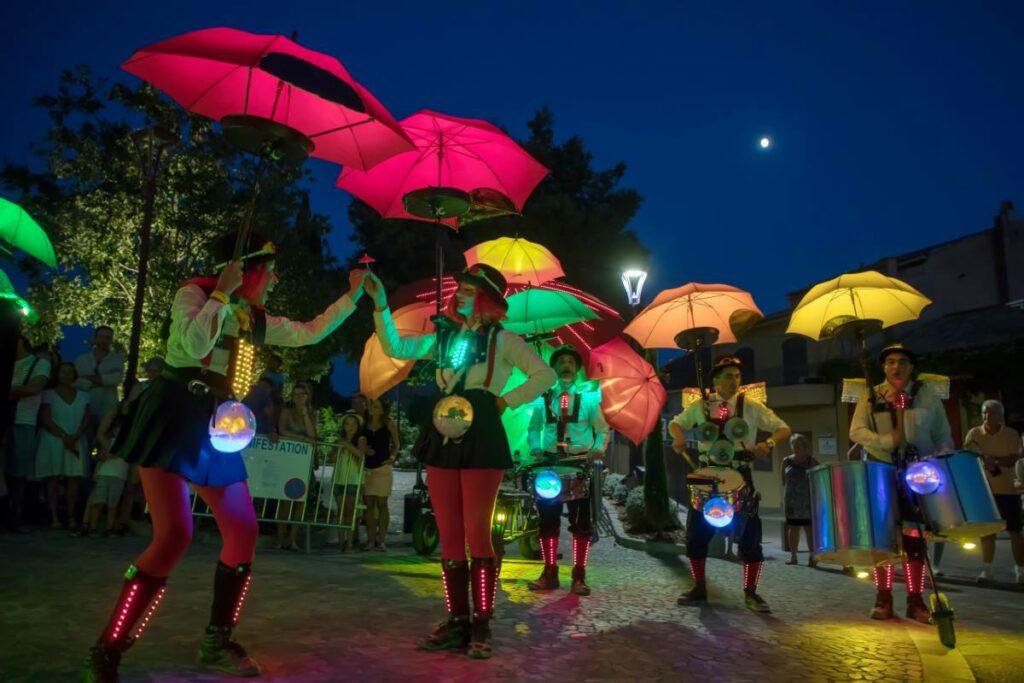 Grimaldines – spectacles de rue avec concerts au Château en soirée
