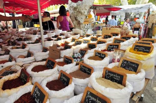 Les marchés Provençaux